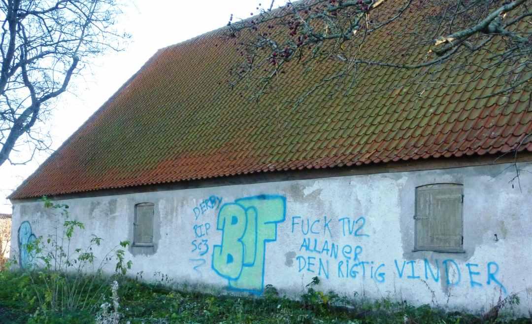 Bachersmindevej 1, Hærværk